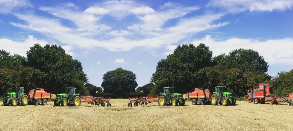 Hyde Farm - hay & straw bale suppliers in London